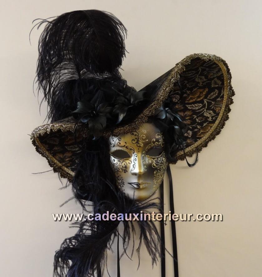 masque_chapeau_noir_ref_009